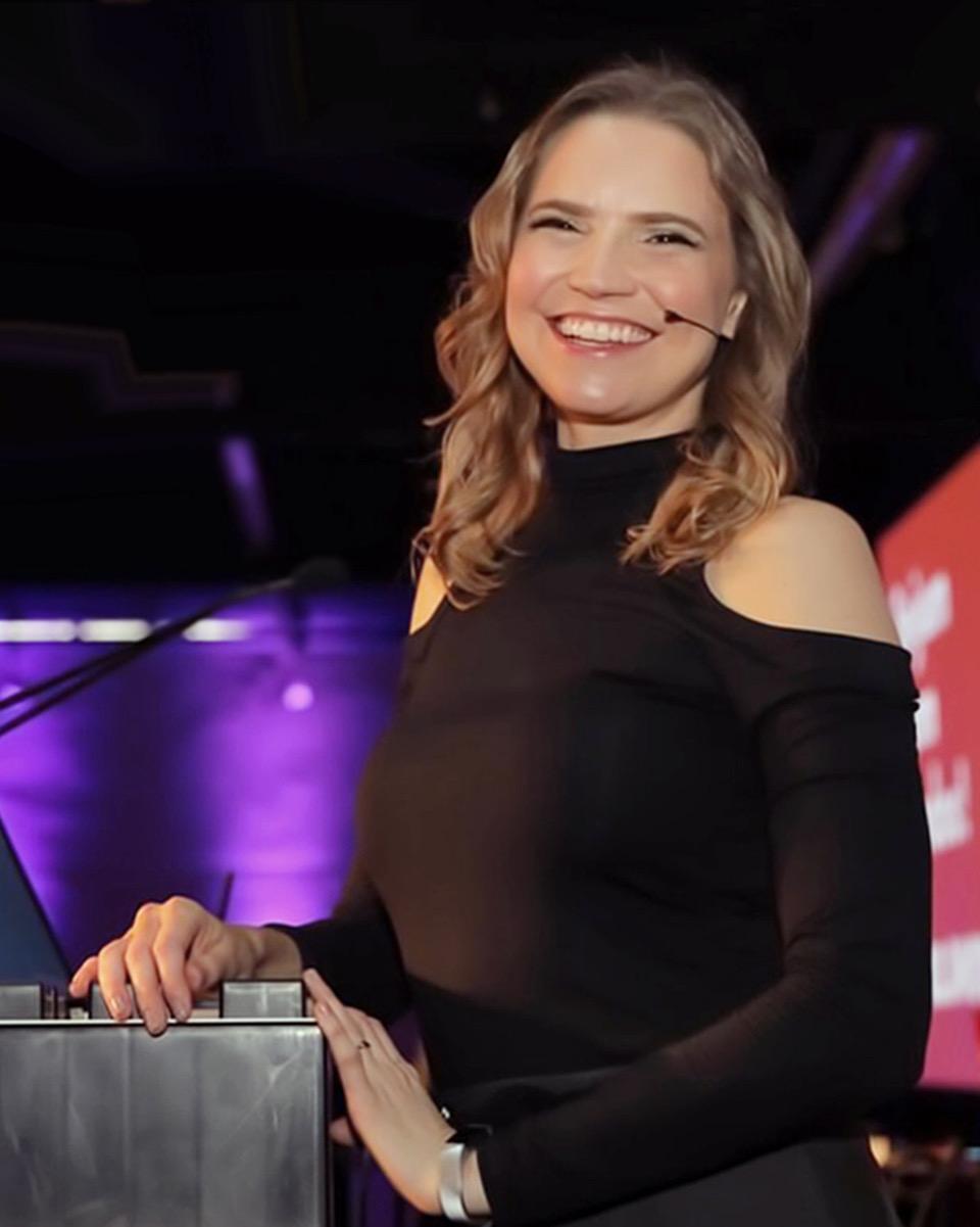 Simone Kliass